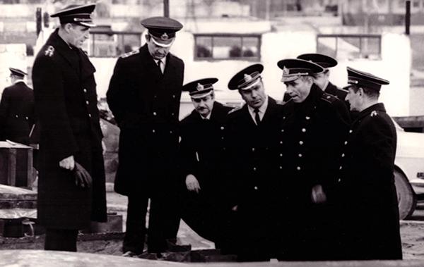 Адмирал вГруппеОфицеров